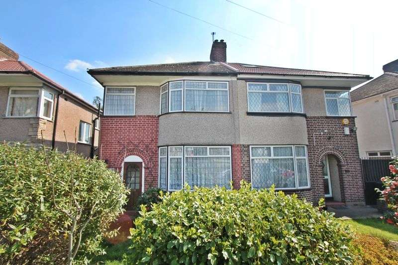 3 Bedrooms Semi Detached House for sale in Parkfield Road, Northolt