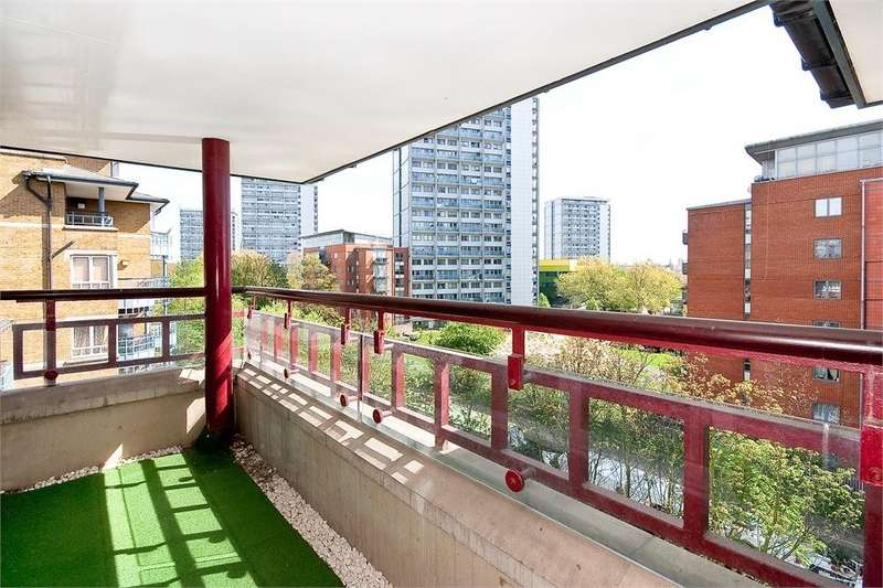 2 Bedrooms Flat for sale in ADMIRAL WALK, CARLTON GATE, LONDON