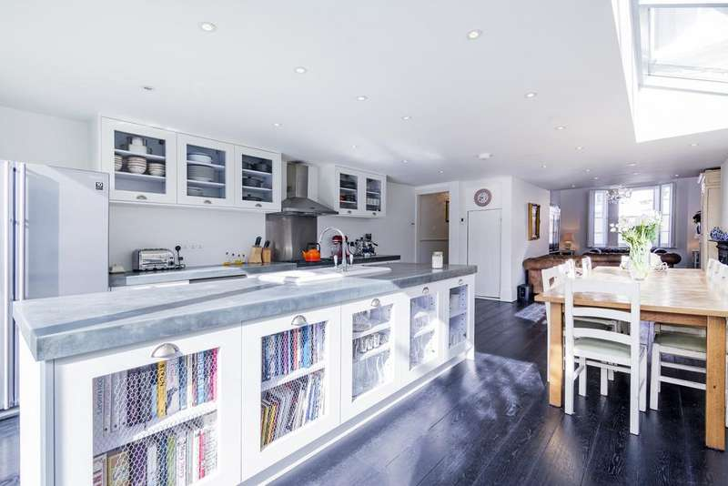 5 Bedrooms Terraced House for sale in Abbeville Road, SW4
