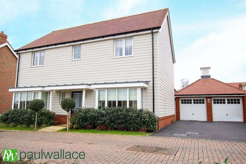 4 Bedrooms Detached House for sale in Hastings Avenue, West Cheshunt