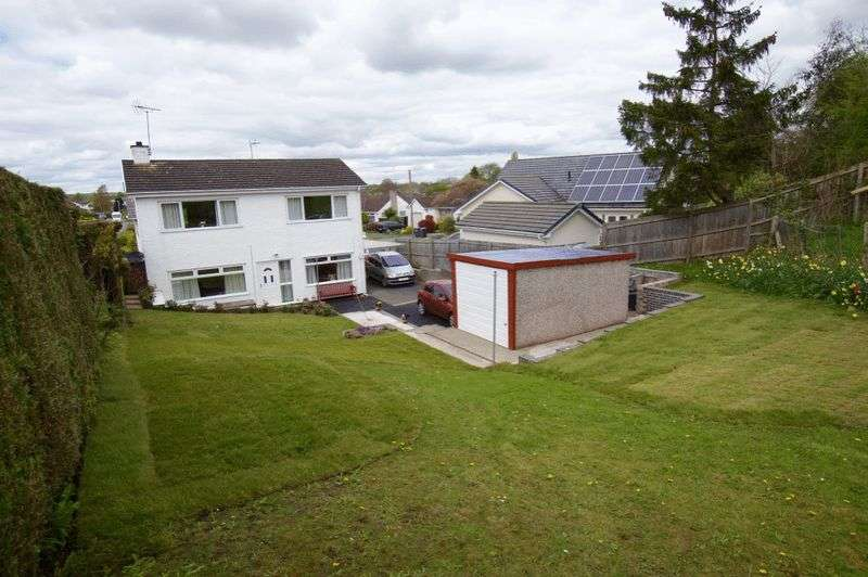 3 Bedrooms Semi Detached House for sale in Whitchurch Road, Bangor on Dee, Wrexham