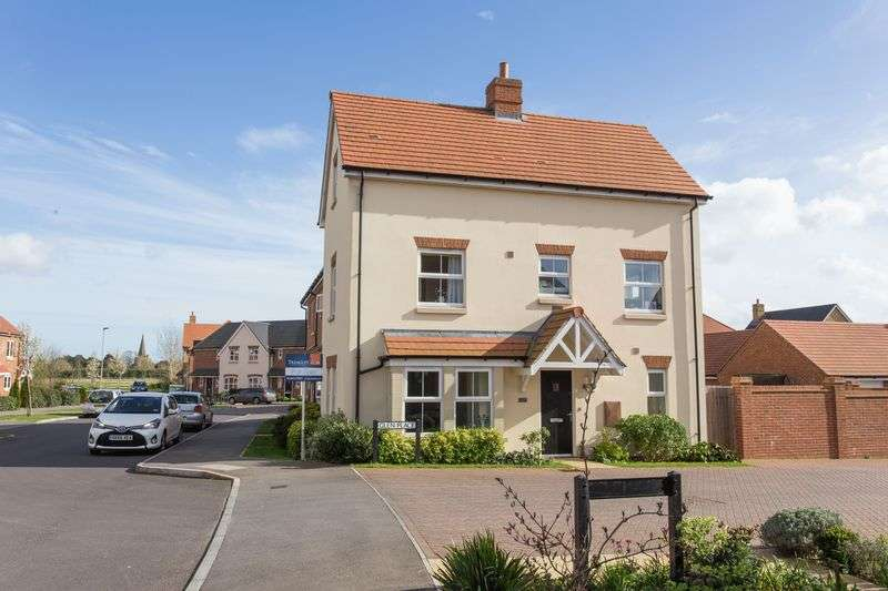 3 Bedrooms Semi Detached House for sale in Glen Place, Emsworth
