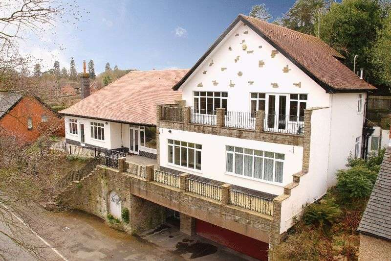 5 Bedrooms Detached House for sale in Newtown, Market Drayton