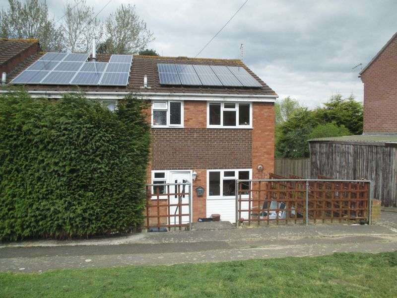 4 Bedrooms Terraced House for sale in St Johns Road, Yeovil