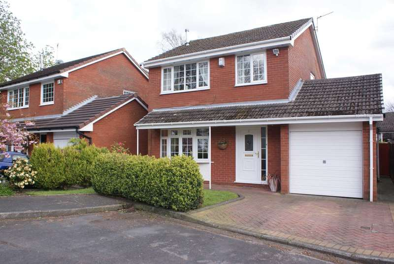 3 Bedrooms Detached House for sale in Christ Church Close, Harwood