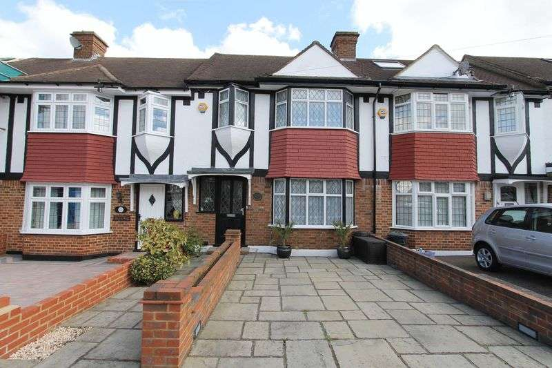 3 Bedrooms Terraced House for sale in Wolsey Crescent, Morden