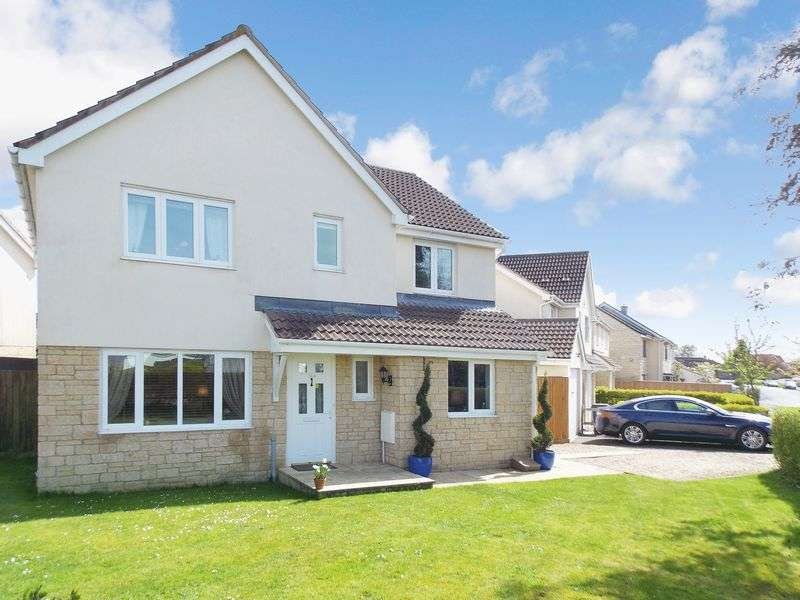 4 Bedrooms Detached House for sale in Critchill Road, Frome