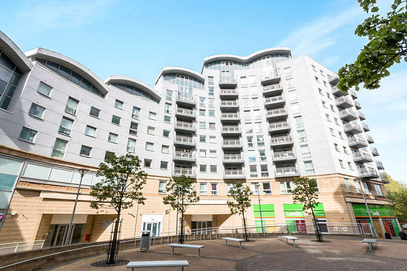 2 Bedrooms Flat for sale in Alencon Link, Basingstoke, RG21