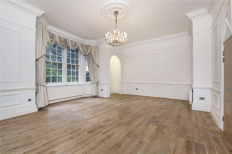 3 Bedrooms Flat for sale in Hyde Park Place, Hyde Park Estate, London, W2