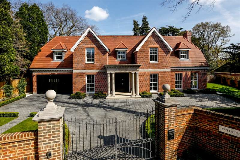 5 Bedrooms Detached House for sale in Coombe Lane West, Kingston upon Thames, KT2