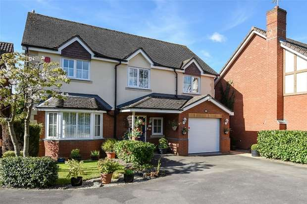 4 Bedrooms Detached House for sale in Harrow Way, SINDLESHAM, Berkshire
