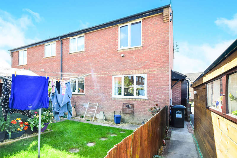 1 Bedroom Property for sale in Musket Road, Heathfield, Newton Abbot, TQ12