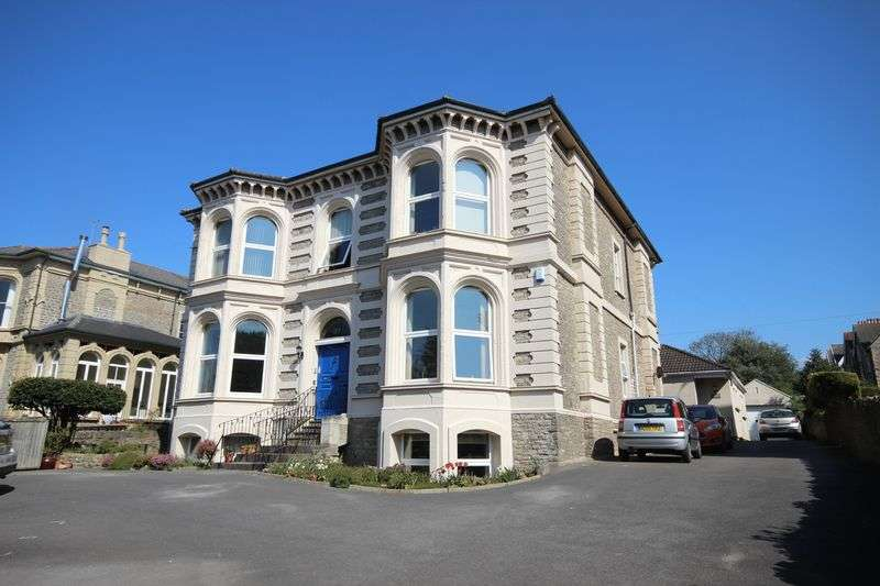 2 Bedrooms Flat for sale in Victoria Road, Clevedon