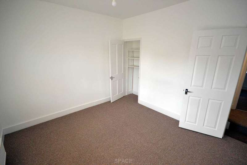 4 Bedrooms Terraced House for rent in Liverpool Road, Reading, RG1 3PH