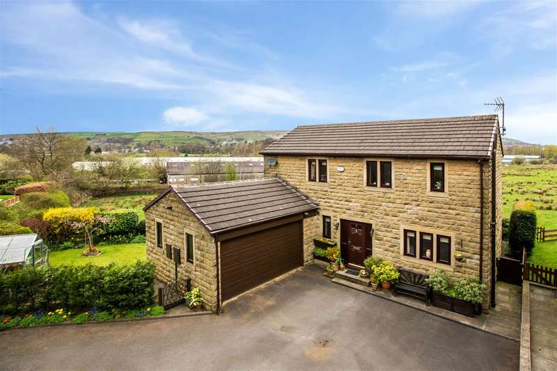 3 Bedrooms Detached House for sale in Blackstone Edge Court, Halifax Road, OL15 0HZ