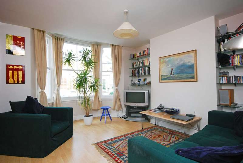 3 Bedrooms Flat for sale in Gateley Road, Brixton, SW9