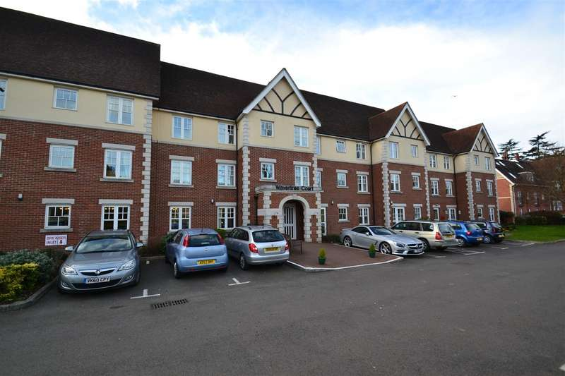 1 Bedroom Property for sale in Massetts Road, Horley