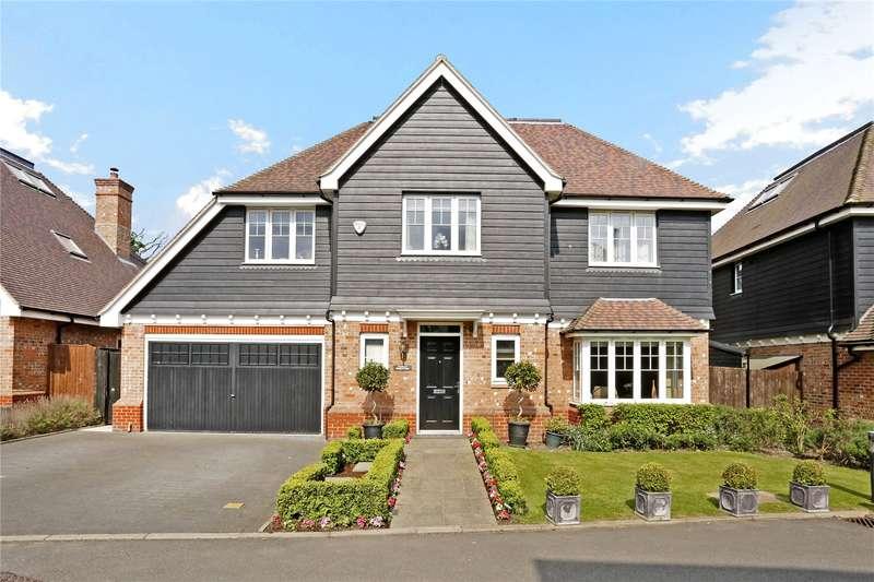 6 Bedrooms Detached House for sale in Lord Reith Place, Beaconsfield, Buckinghamshire, HP9