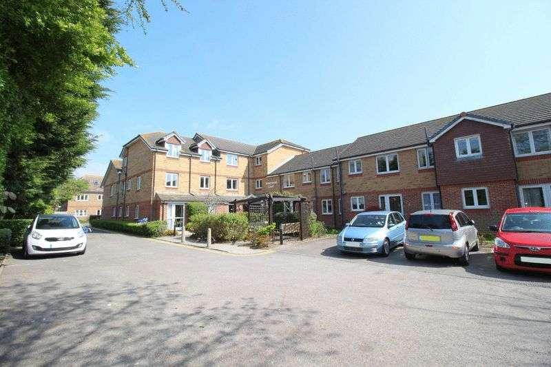 1 Bedroom Retirement Property for sale in Silverwood Court, Rustington, BN16 3UZ