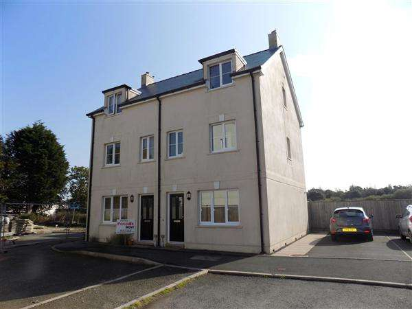 3 Bedrooms Semi Detached House for sale in Victoria Gardens, Johnston, Haverfordwest