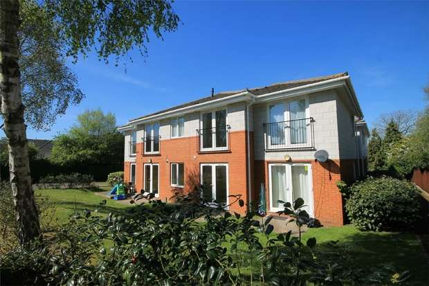 2 Bedrooms Flat for sale in Oakdale, Poole, Dorset