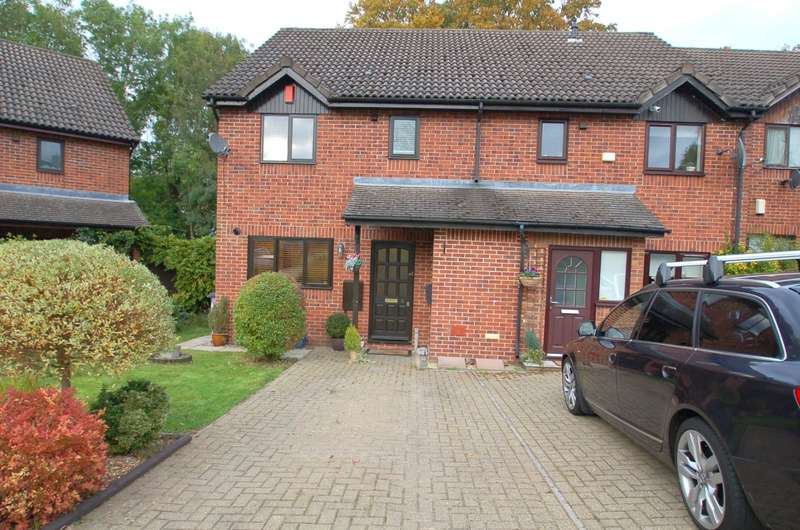 3 Bedrooms End Of Terrace House for sale in Birchwood Close, High Wycombe, HP12