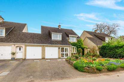 4 Bedrooms Detached House for sale in Evenley Road, Mixbury, Oxforshire, Oxon