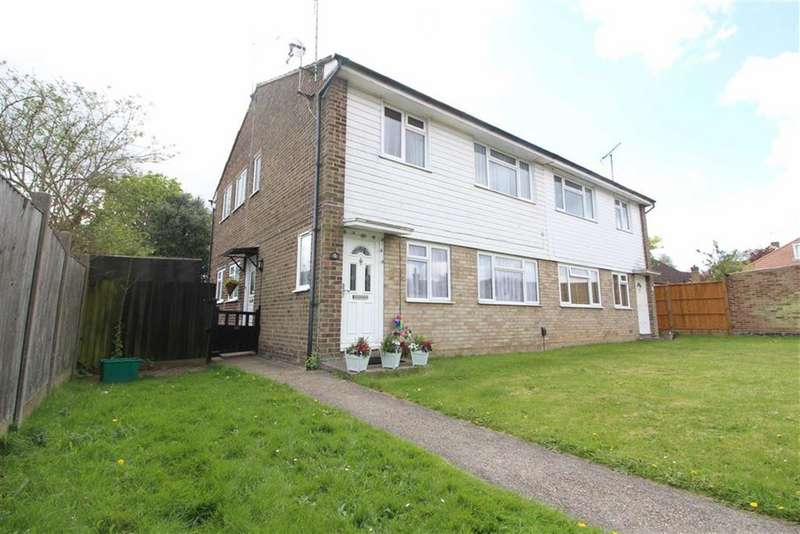 2 Bedrooms Maisonette Flat for sale in Sundale Avenue, Selsdon, CR2
