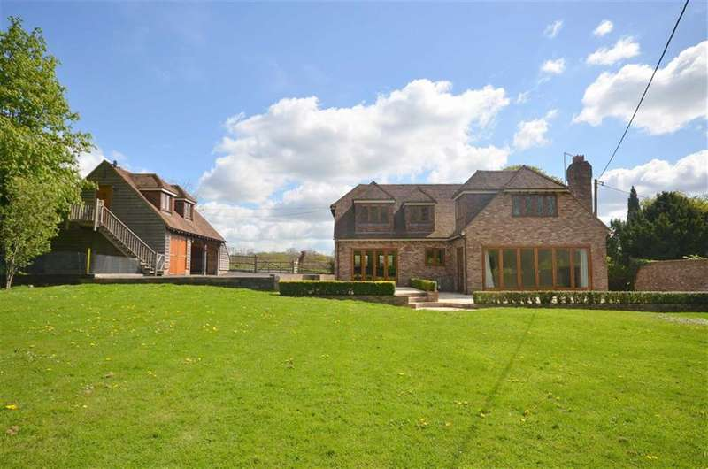 4 Bedrooms Property for sale in Doras Green Lane, Ewshot