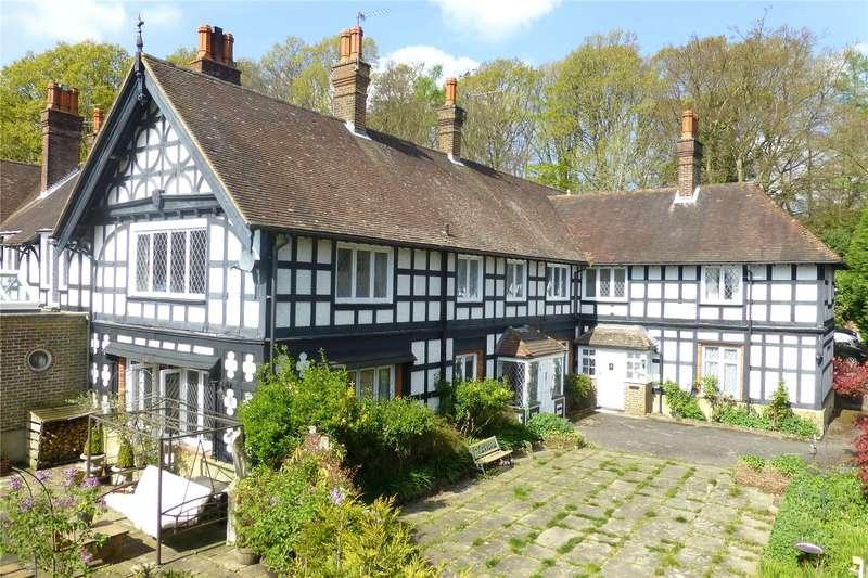 3 Bedrooms Flat for sale in Anstie Lane, Coldharbour, Dorking, Surrey, RH5