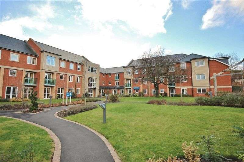 2 Bedrooms Flat for sale in Henderson Court, Ponteland, Newcastle Upon Tyne