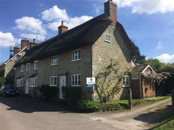 3 Bedrooms Cottage House for sale in West Street, Fontmell Magna, Shaftesbury