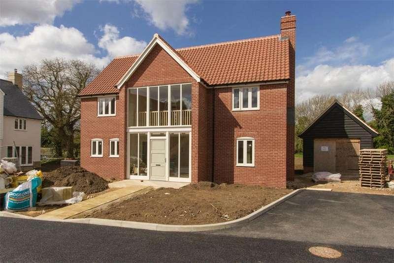 4 Bedrooms Detached House for sale in School View, Caston, Norfolk