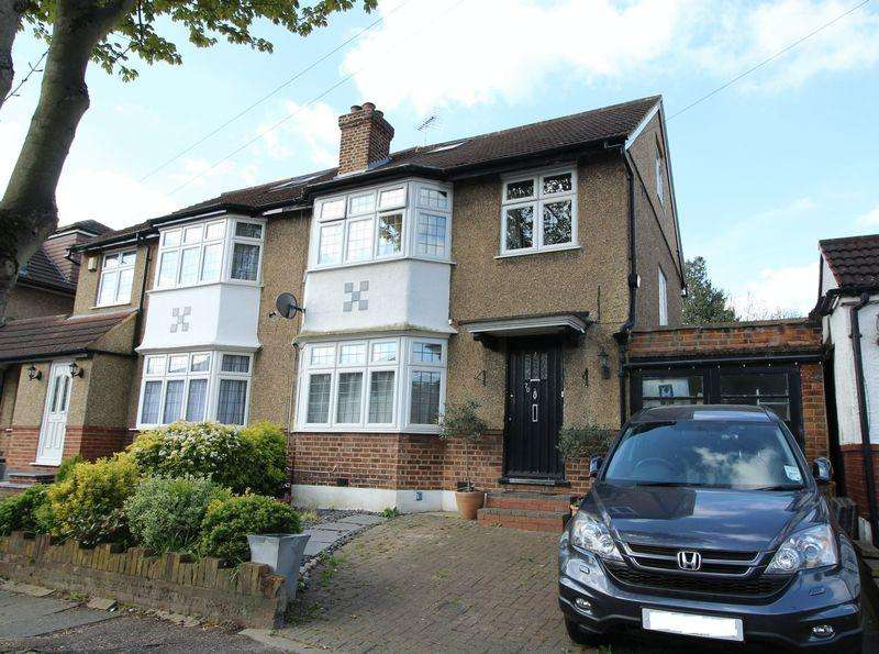 4 Bedrooms Semi Detached House for sale in Alverstone Avenue, East Barnet