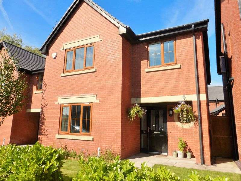 4 Bedrooms Detached House for sale in Moss Lane, Hesketh Bank, Preston