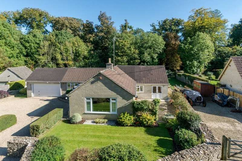 3 Bedrooms Detached House for sale in Brook End, Luckington