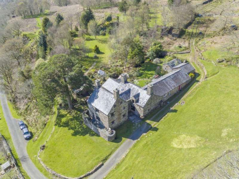 6 Bedrooms House for sale in Plas y Dduallt, Blaenau Ffestiniog, LL41