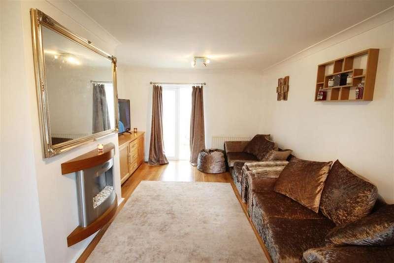 3 Bedrooms Semi Detached House for sale in Moorside, Middlestone Moor
