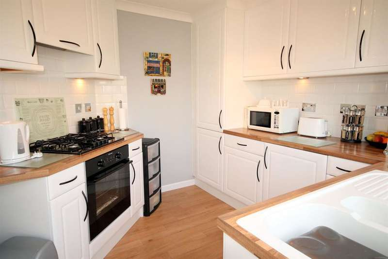 2 Bedrooms Park Home Mobile Home for sale in 5 Elm Avenue, Acaster Malbis, York, YO23 2UR