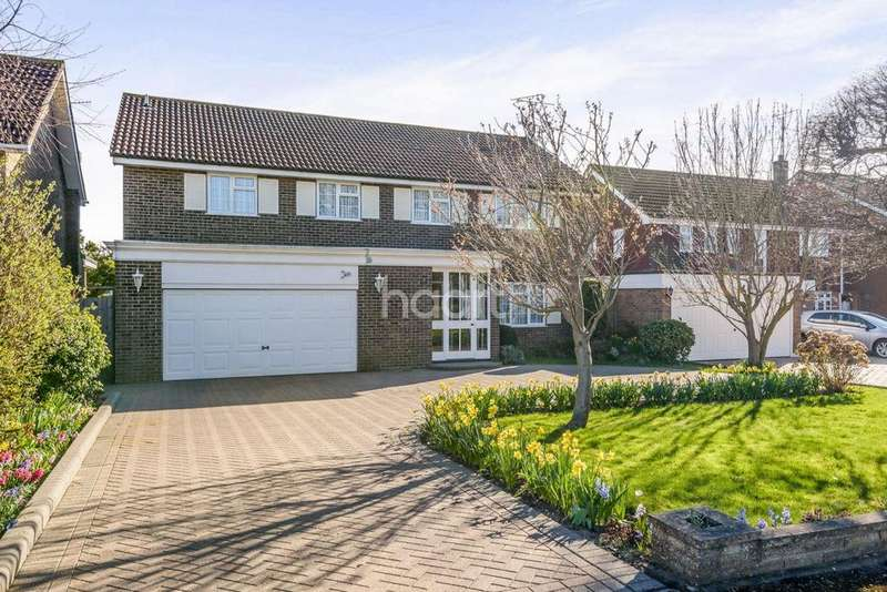 4 Bedrooms Detached House for sale in Weare Gifford, Shoeburyness