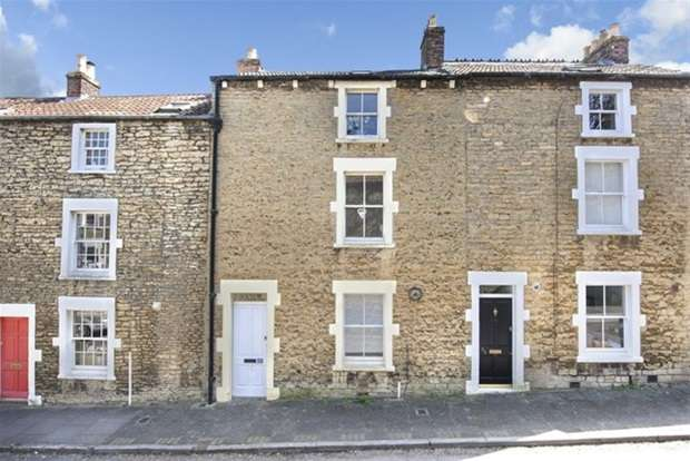 3 Bedrooms Terraced House for sale in Naishs Street, Frome