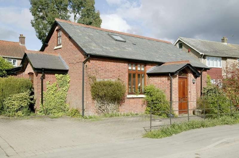 3 Bedrooms Detached House for sale in Mill Road, Little Melton