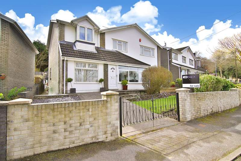 4 Bedrooms Detached House for sale in Dan Y Felin, Llantrisant, Pontyclun