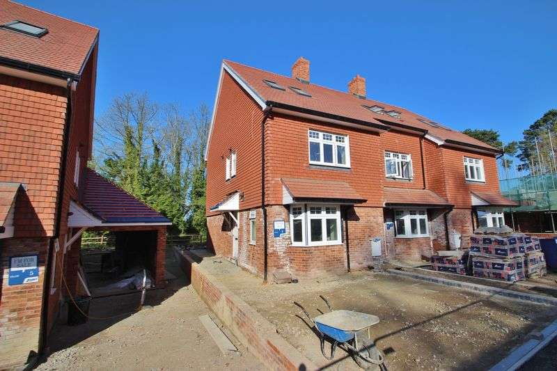 3 Bedrooms Terraced House for sale in The Chelwood, Mayfield Place, Love Lane, Mayfield