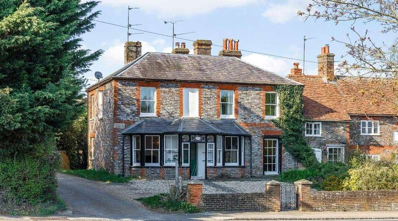 5 Bedrooms Semi Detached House for sale in Bath Road, Speen, Newbury, Berkshire, RG14
