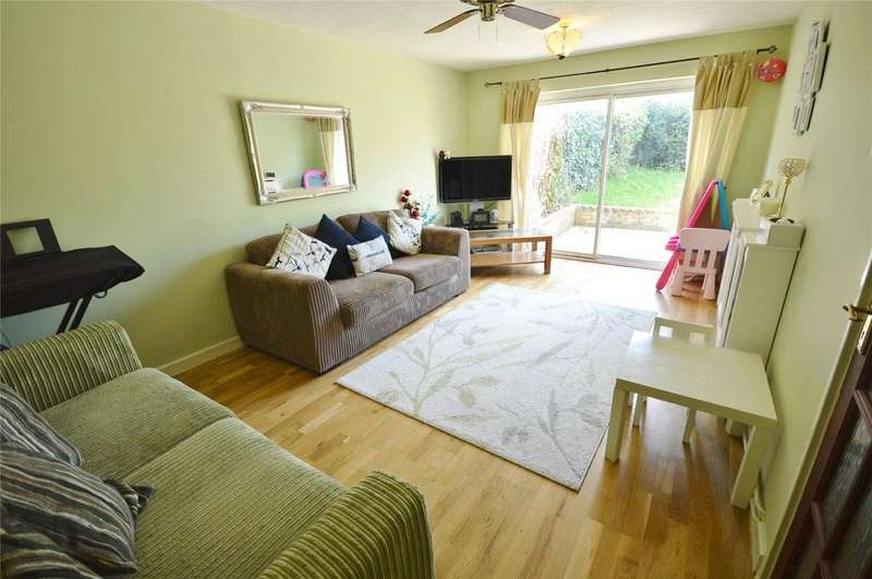 3 Bedrooms End Of Terrace House for sale in Robin Place, Boundary Way, Watford, Hertfordshire, WD25