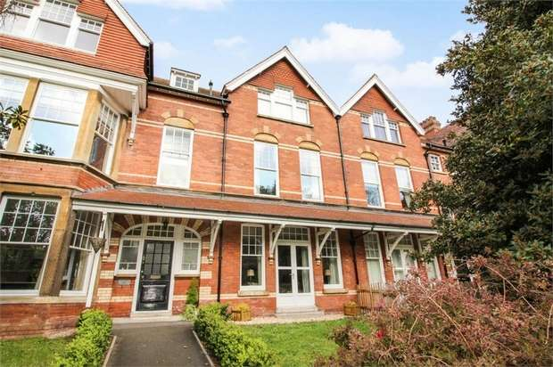 2 Bedrooms Flat for sale in 37 Blenheim Road, Minehead, Somerset
