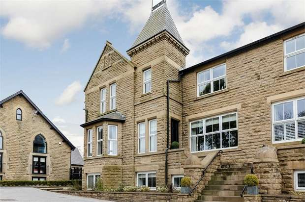 5 Bedrooms Town House for sale in Broadhead Road, Turton, Bolton, Lancashire
