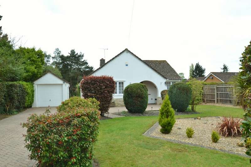 3 Bedrooms Detached Bungalow for sale in Ashley Heath