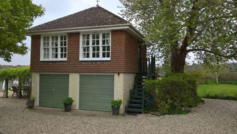 Studio Flat for rent in Kintbury Holt